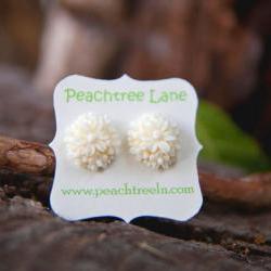 Cream-Ivory Flower Post Stud Earrings Bridesmaid Gifts Vintage Style - Honeysuckle